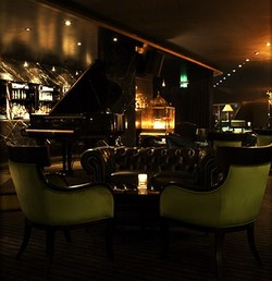 Trademark Hotel Lounge Bar and Piano Room - Accommodation Redcliffe