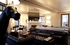 Polo Lounge - The Oxford Hotel - Accommodation Redcliffe