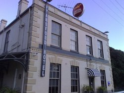 Fyansford Hotel - Accommodation Redcliffe
