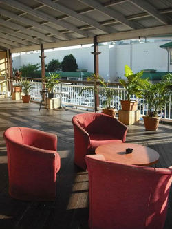Grand Hotel - Accommodation Redcliffe