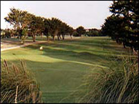 South Lakes Golf Club - Accommodation Redcliffe