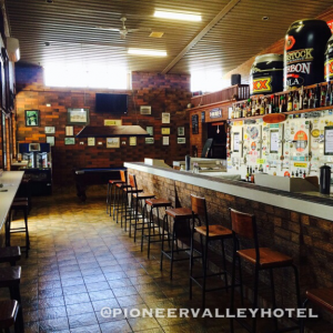 Pioneer Valley Hotel - Accommodation Redcliffe
