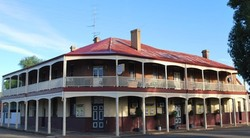Brookton Club Hotel - Accommodation Redcliffe
