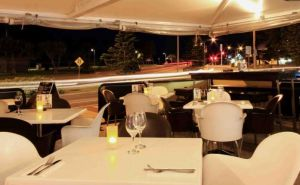 Cafe Fresh Lounge Bar  Shinsen Restaurant - Accommodation Redcliffe