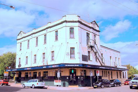Caledonian Hotel - Accommodation Redcliffe