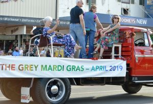 The Grey Mardi Gras - Accommodation Redcliffe