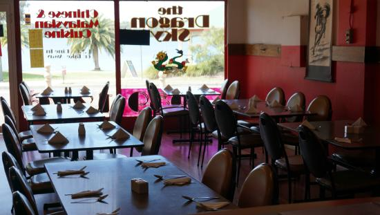 Dragon Sky Restaurant - Accommodation Redcliffe