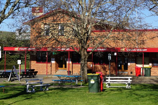 Snow Goose Hotel Adaminaby - Accommodation Redcliffe