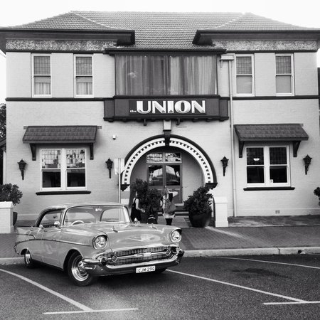The Union Bar Inverell - Accommodation Redcliffe