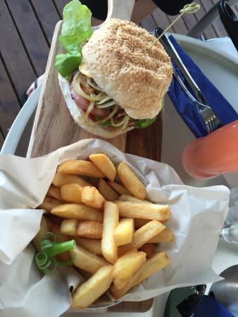 Lake Vue Cafe - Accommodation Redcliffe