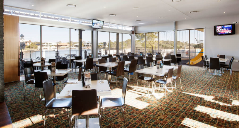 Pelican Waters Tavern - Accommodation Redcliffe