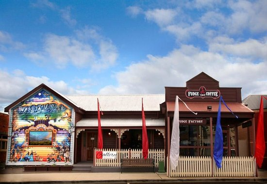 Fudge'n'Good Coffee - Accommodation Redcliffe