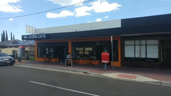 Mr Leeing's Cafe - Accommodation Redcliffe