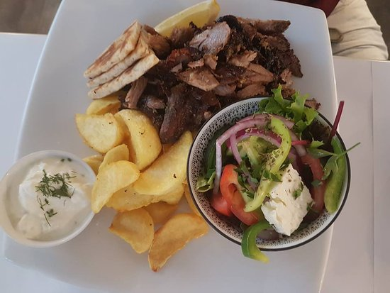 Yanni's Taverna - Accommodation Redcliffe