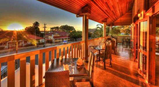 Balcony Restaurant - Accommodation Redcliffe