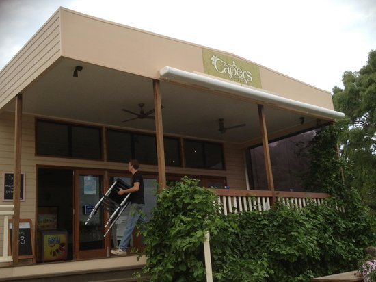 Capers Cafe - Accommodation Redcliffe