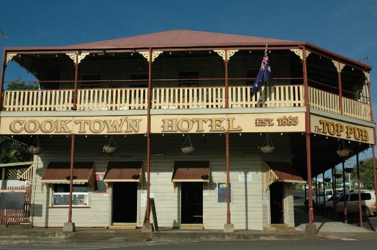 Cooktown Hotel - Accommodation Redcliffe