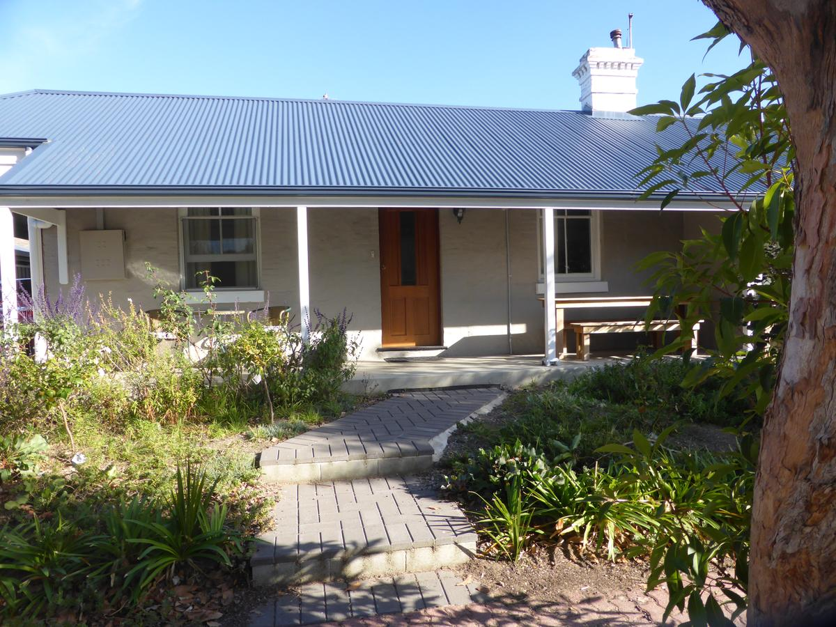 Penzance Cottage - Accommodation Redcliffe