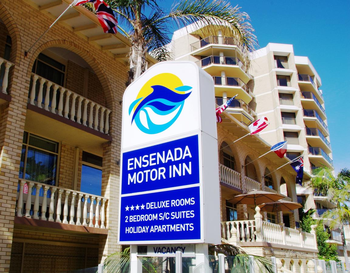 Ensenada Motor Inn and Suites - Accommodation Redcliffe
