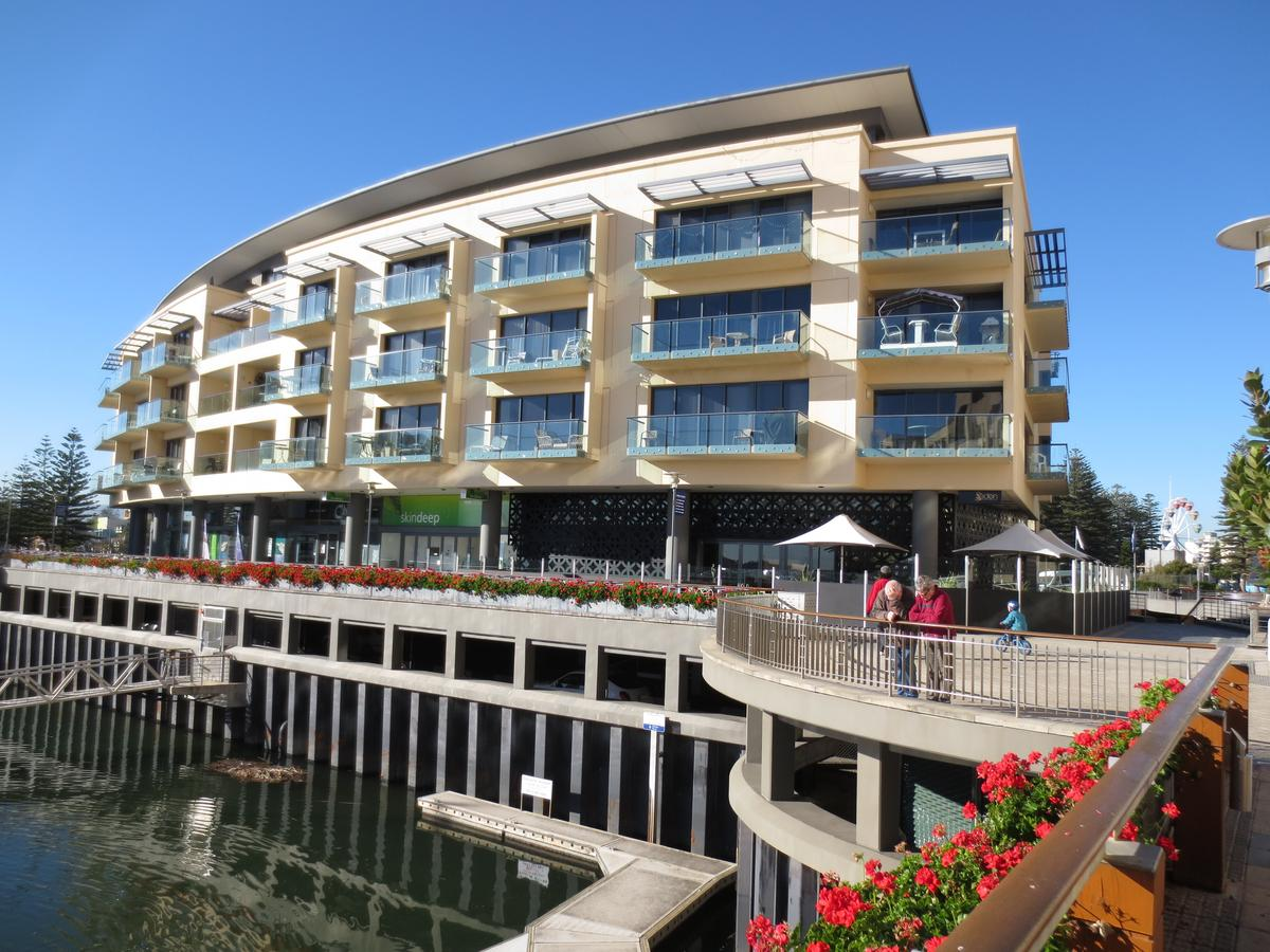 Lights Landing Apartments - Accommodation Redcliffe