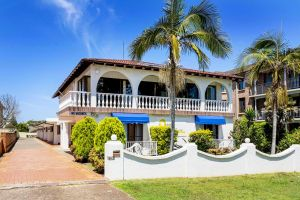 OCEAN BREEZE MOTEL - Accommodation Redcliffe