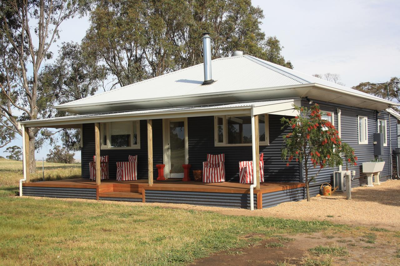 Rabbiters Hut - Accommodation Redcliffe