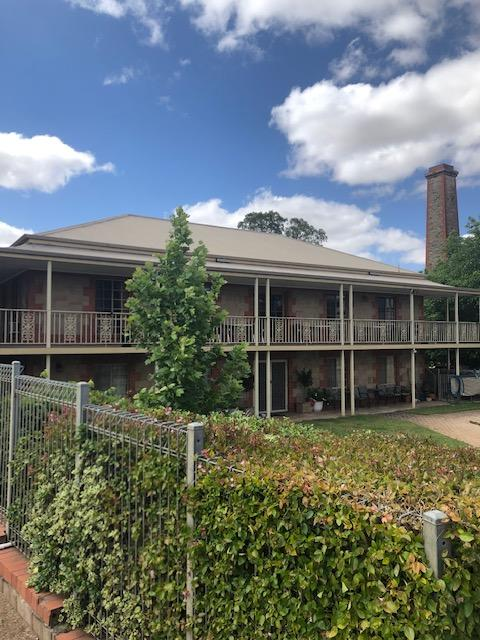 Clare Central - Accommodation Redcliffe