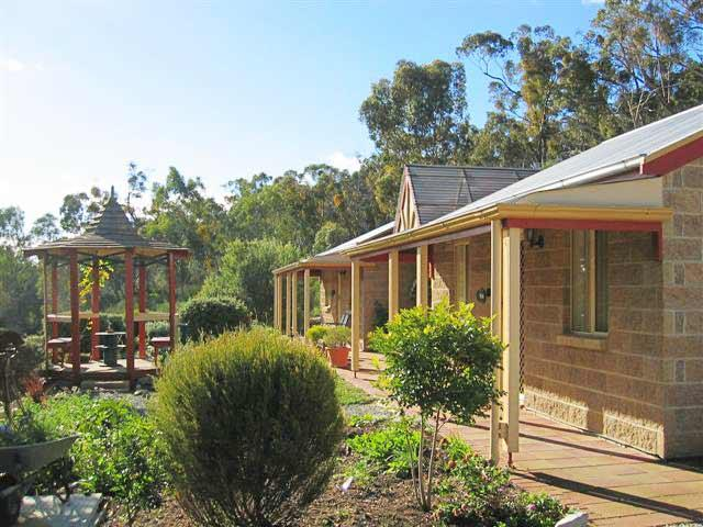 Riesling Trail  Clare Valley Cottages - Accommodation Redcliffe