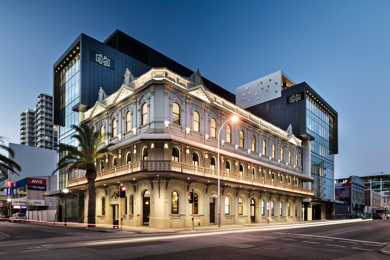The Melbourne Hotel - Accommodation Redcliffe