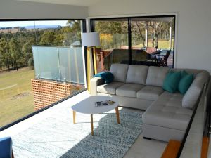 Wine Country Villas - Accommodation Redcliffe
