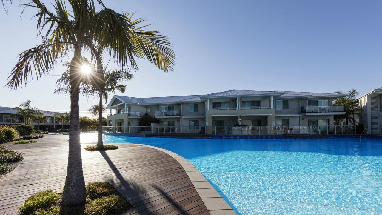 Oaks Pacific Blue Resort - Accommodation Redcliffe