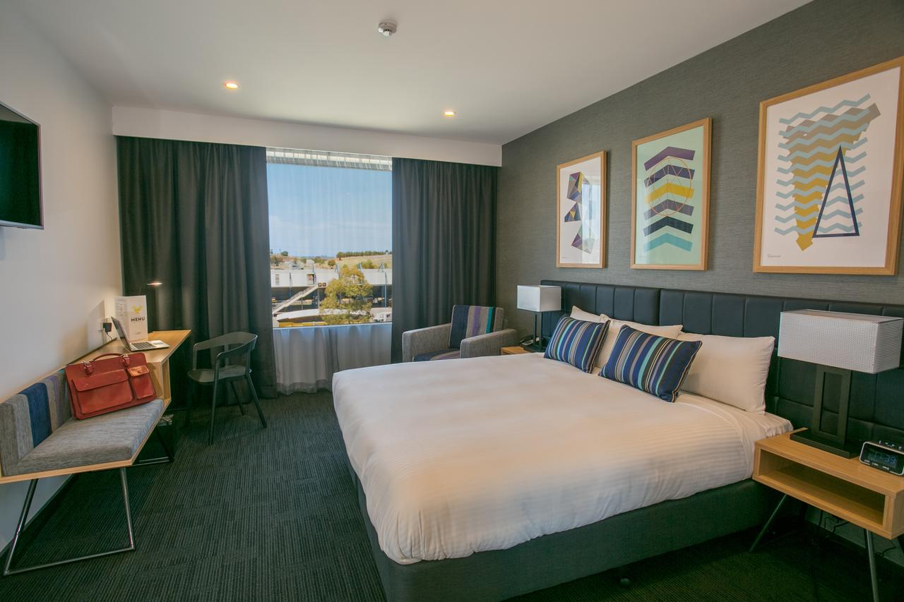 Alpha Hotel Eastern Creek - Accommodation Redcliffe