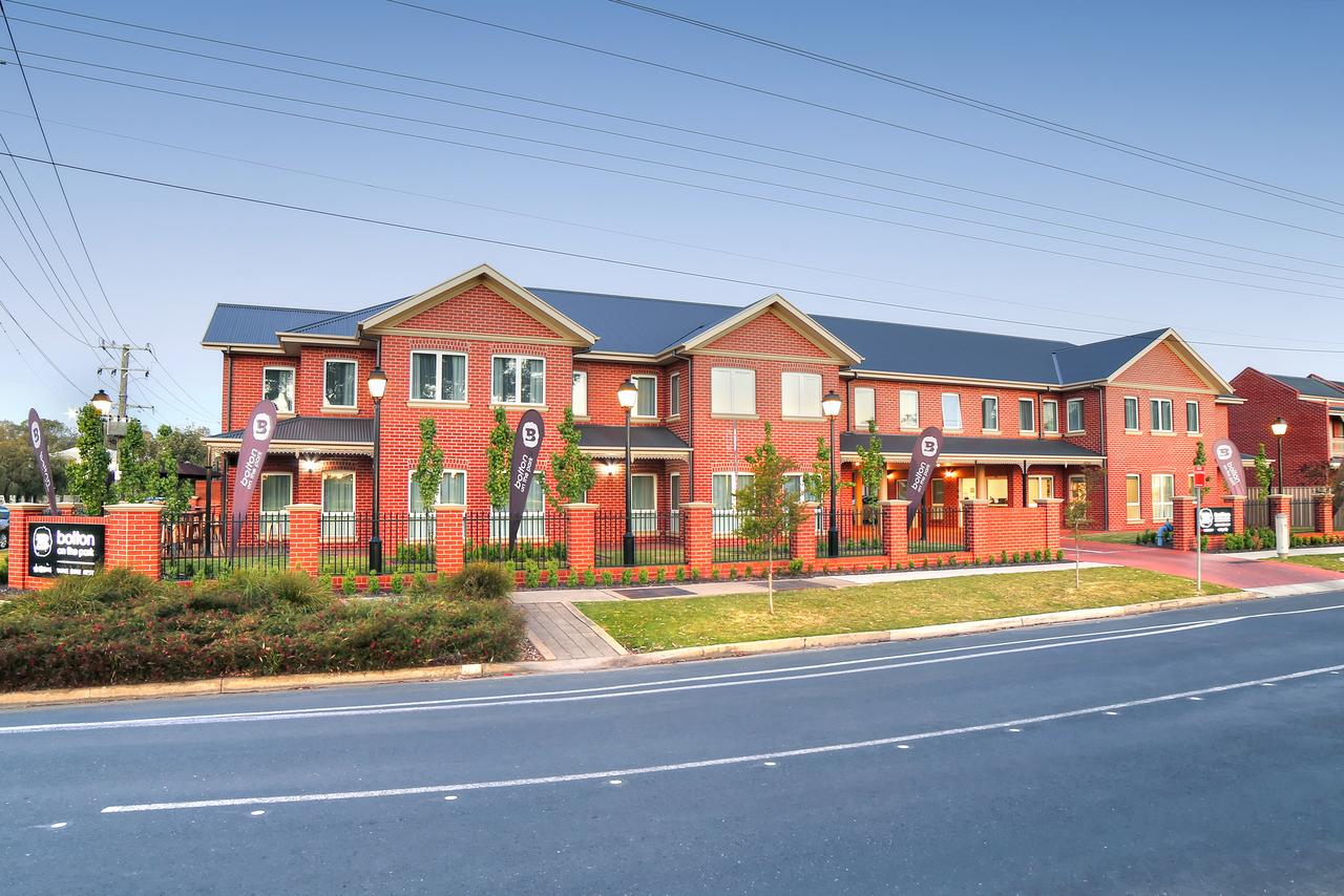 Bolton on the Park - Accommodation Redcliffe