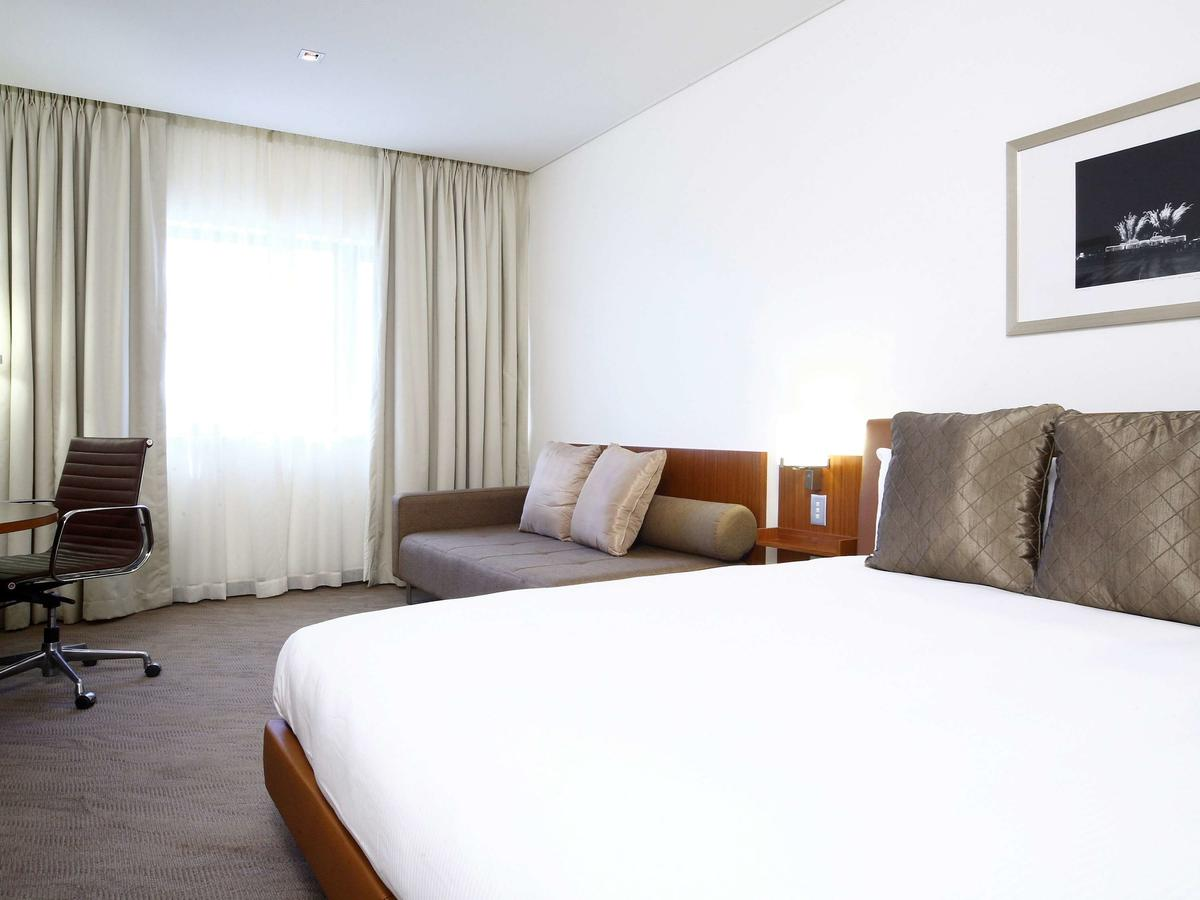 Novotel Canberra - Accommodation Redcliffe