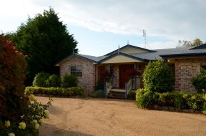 Brick Creek House - Accommodation Redcliffe