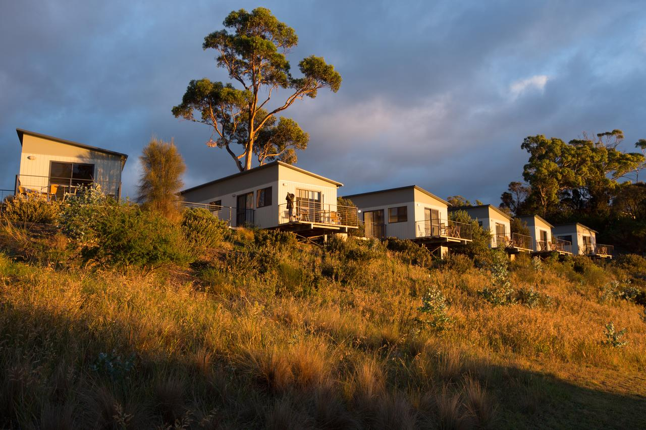 Swansea Beach Chalets - Accommodation Redcliffe