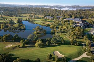 Country Club Tasmania - Accommodation Redcliffe