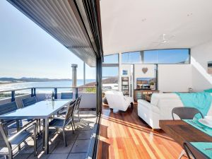 One Mile Cl Townhouse 22 26 The Deckhouse - Accommodation Redcliffe