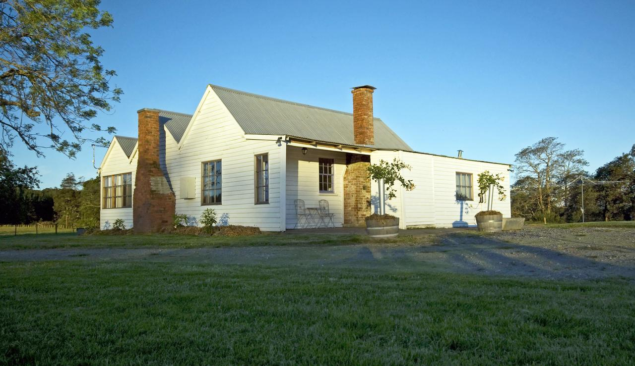 Buttons Cottage - Accommodation Redcliffe