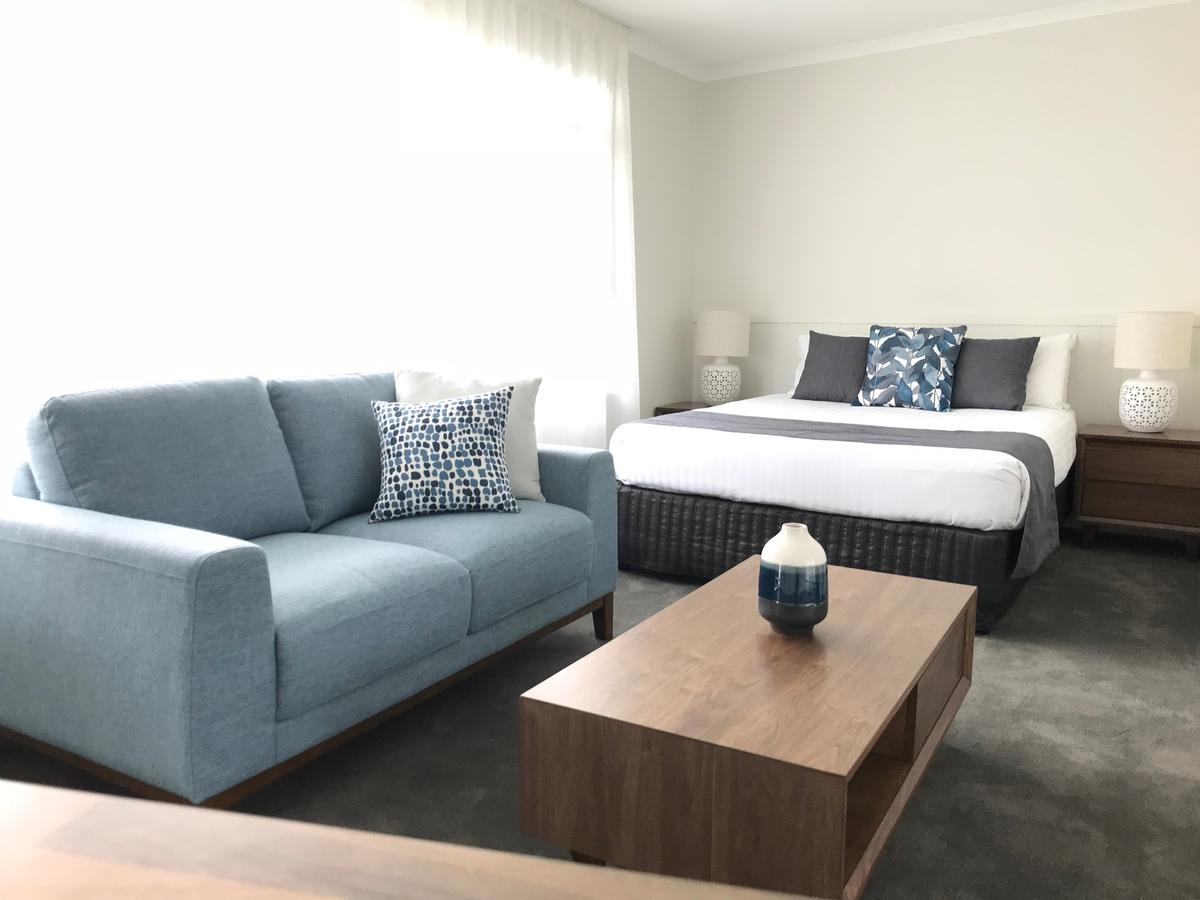 Orford Blue Waters Hotel - Accommodation Redcliffe