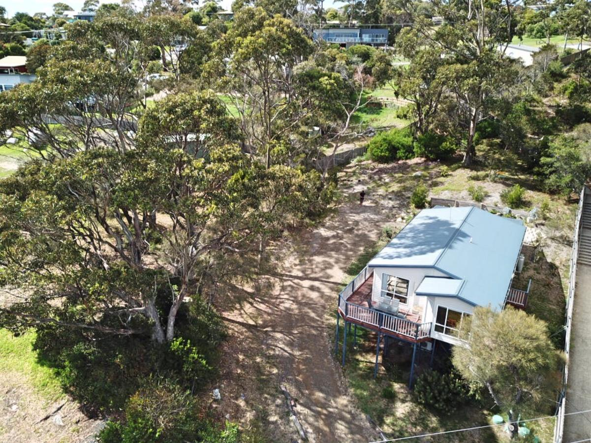 Front Row Beachfront - Accommodation Redcliffe