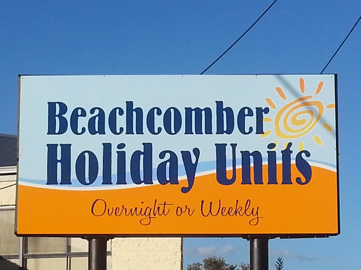 Beachcomber Holiday Units - Accommodation Redcliffe