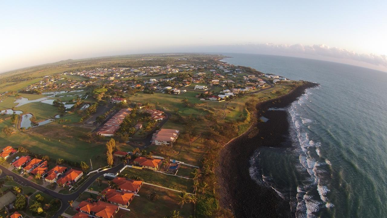 Coral Cove Resort - Accommodation Redcliffe