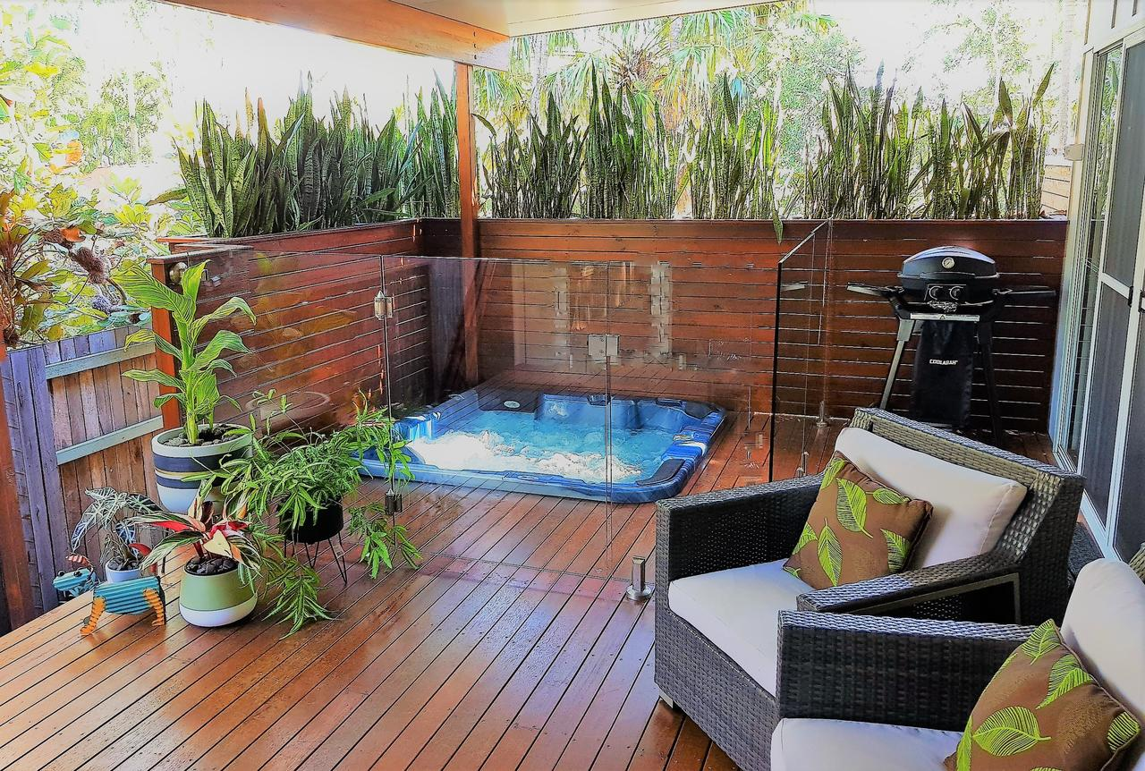 Pandanus Spa Cottage - Accommodation Redcliffe