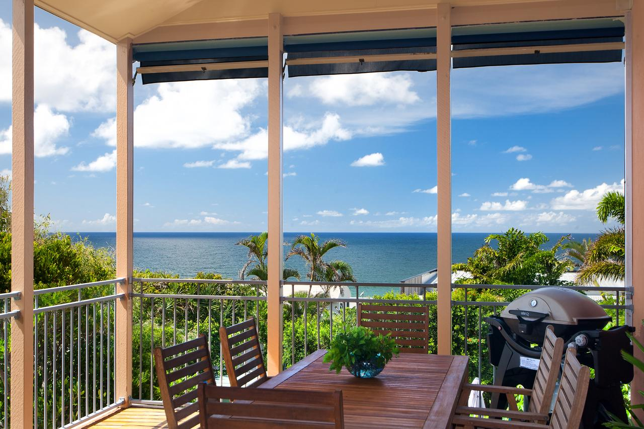 Jolly Roger's Beach House - Accommodation Redcliffe