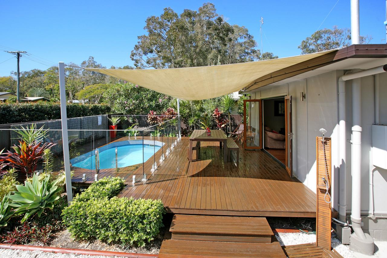 Beach House on Jones Parade Central Coolum Beach - Accommodation Redcliffe