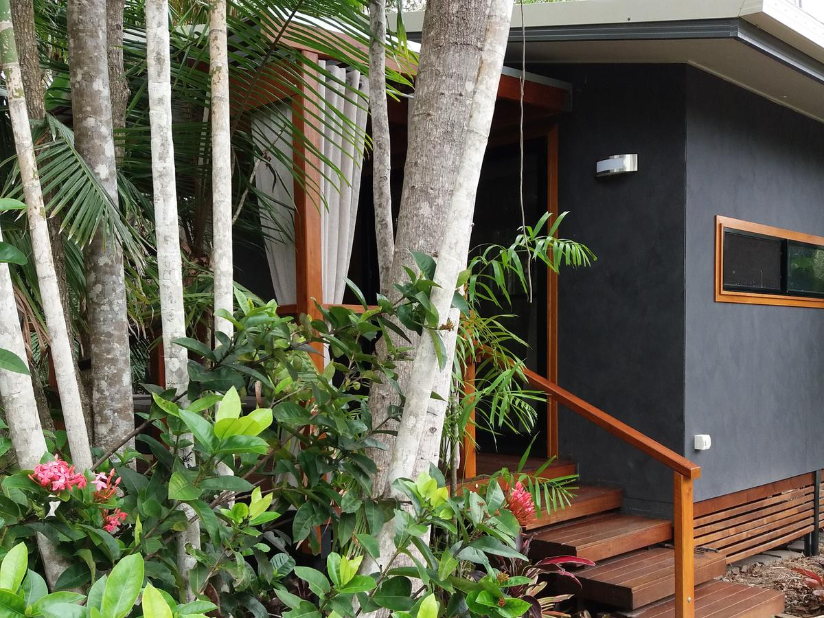 Forest Lodge Little Villa - Accommodation Redcliffe