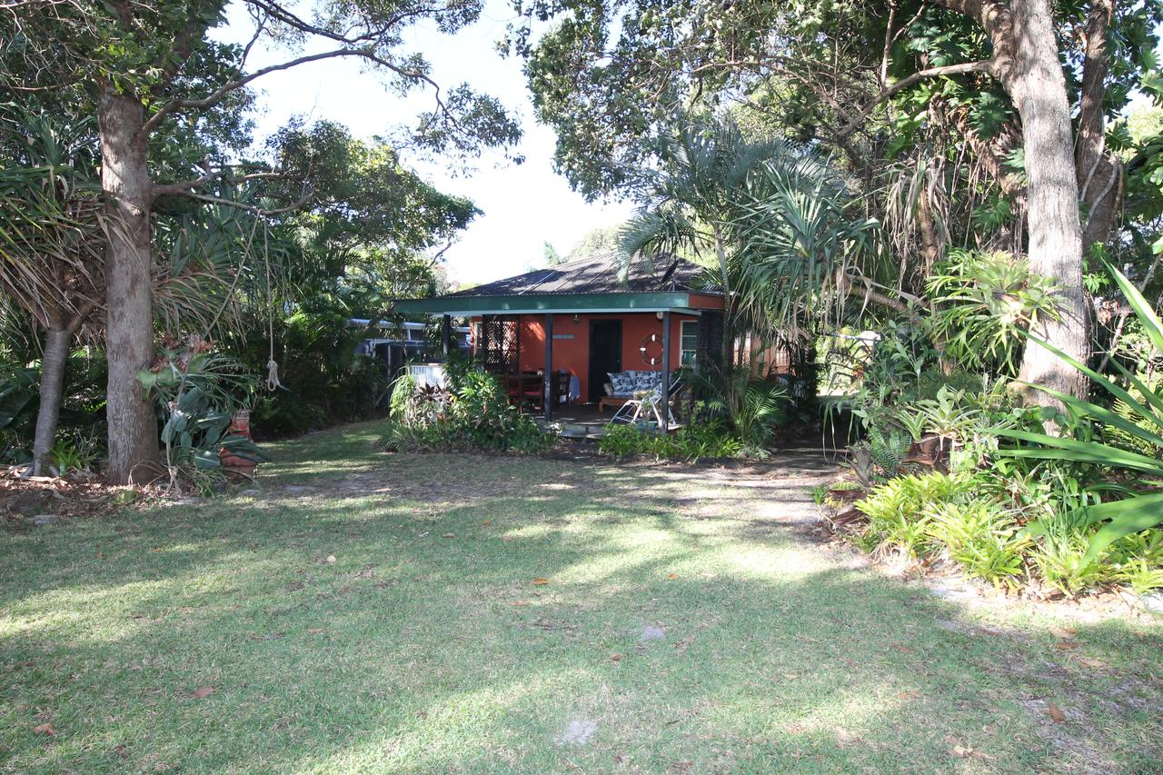 Signal Cottage - Accommodation Redcliffe