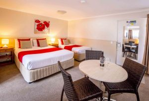 Apple  Grape Motel - Accommodation Redcliffe